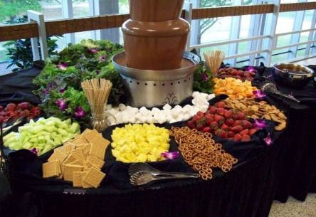 Chocolate Fountain with Fruits
